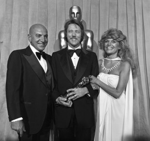 1979_view_supporting_walken_presenters_savalas_cannon