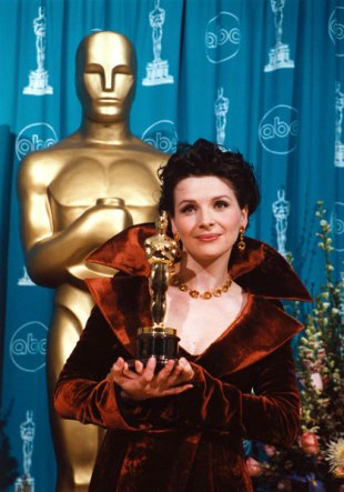 1997_03_supporting_binoche_big